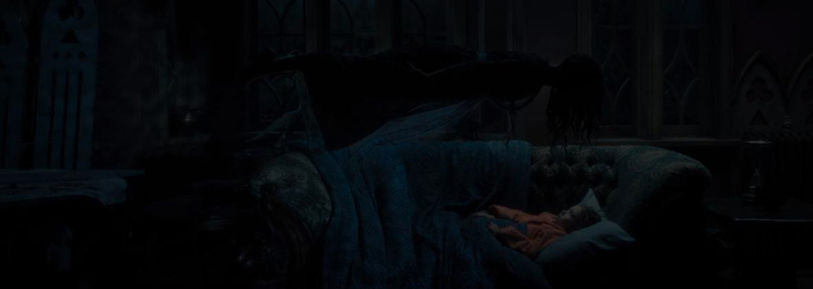 Série The Haunting of Hill House Nell Femme au Cou Tordu