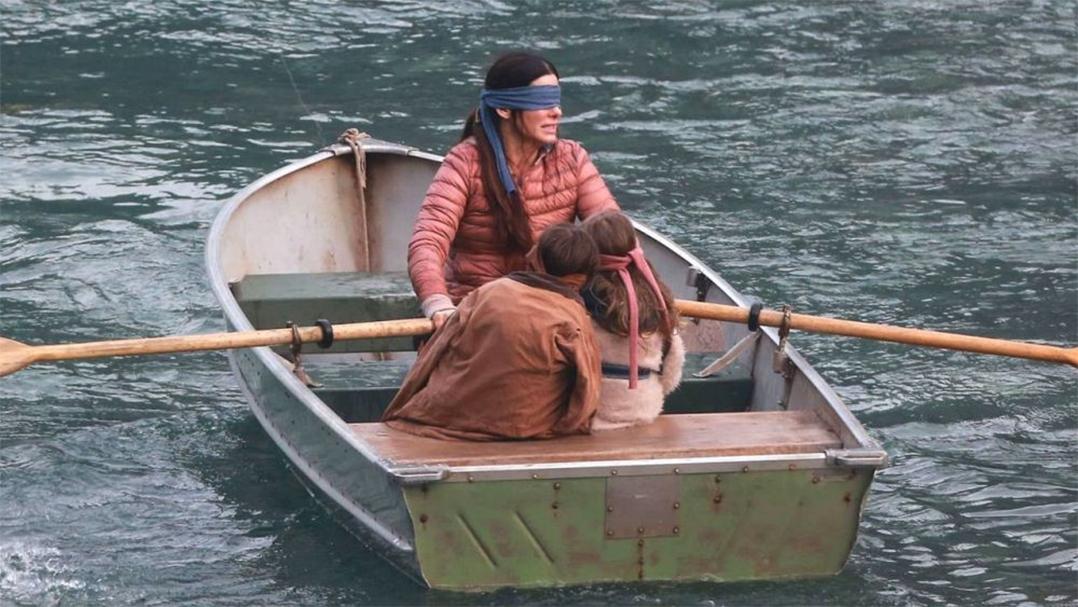 Film Bird Box scènes dans le canoé