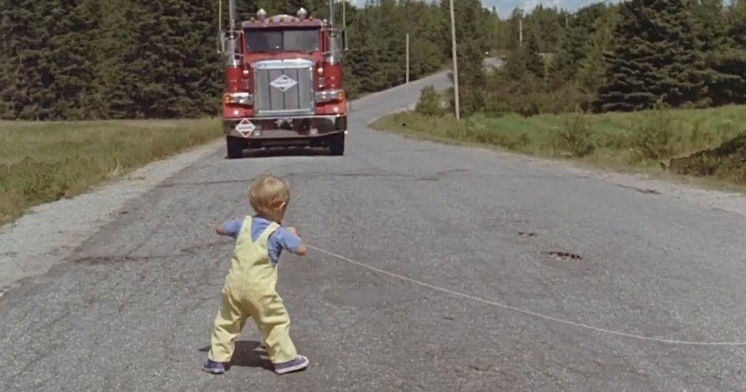 Scène du camion Gage Simetierre 1989 Mary Lambert