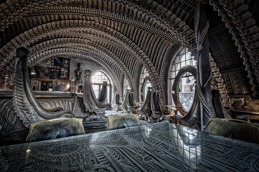 Giger Bar Chateau Saint Germain Gruyères Suisse